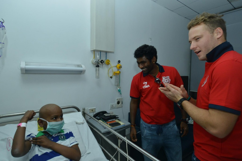 Kings XI Punjab visit to Ruby Hall Cancer Centre