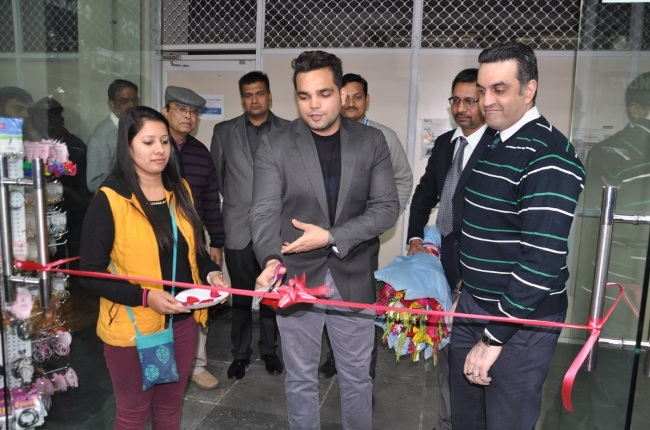 Newly Opened WHSmith store at Sharda University to improve conveniences of students and staff