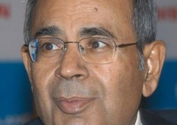 Narendra Modi has fire in belly, but PM's team lacks pace, says Gopichand Hinduja