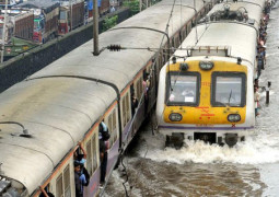 what are top driving tips for mumbai rains?
