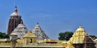 famous Hindu temples in India